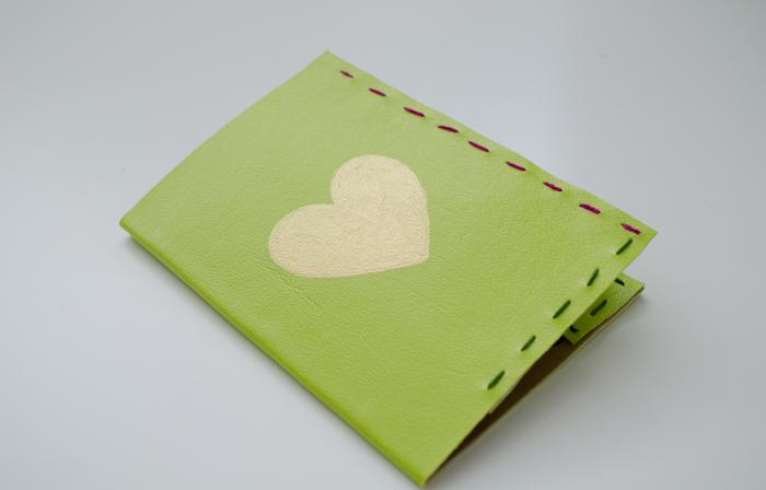 Passport-cover-heart